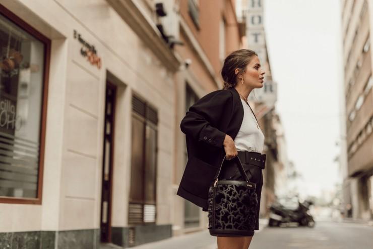 Short black suit